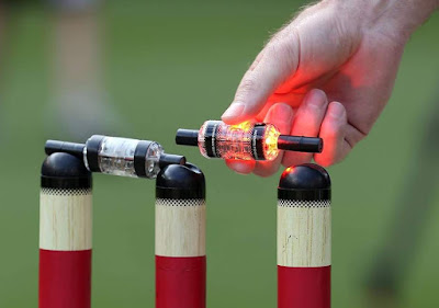 LED-bails-and-stumps-cricket