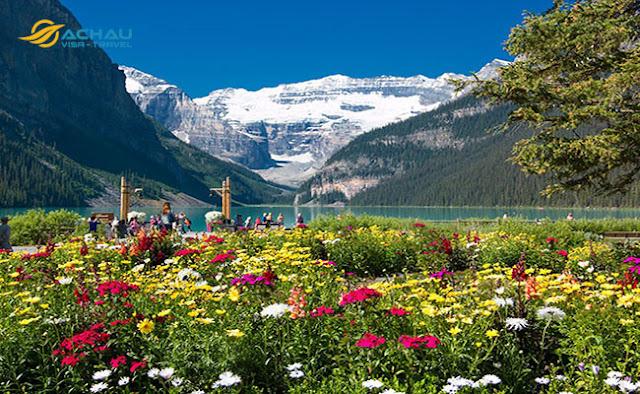 Những địa điểm đẹp quên lối về khi du lịch Canada3