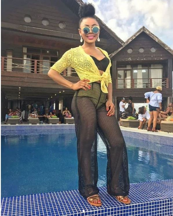 Ifu-Ennada-attends-CDQs-birthday-party2
