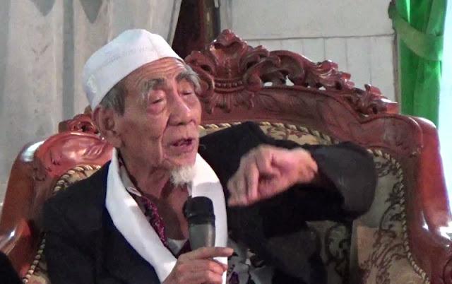 KH Maimoen Zubair: Kyai itu Harus Hafal Alfiyah
