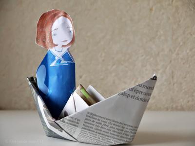 des ronds dans l 39 o le blog en vacances avec mademoiselle sel fabriquer le bateau en papier. Black Bedroom Furniture Sets. Home Design Ideas
