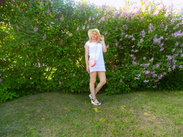 образ с белым платьем, летнее платье, красивый образ на лето
