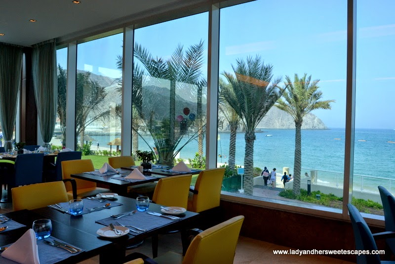 fancy yet relaxed restaurant at Oceanic Hotel