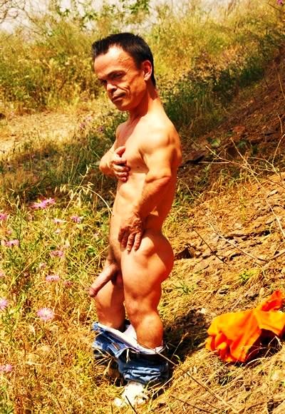 from Cristian gay enanos