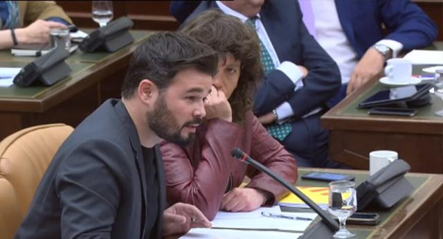"""Gabriel Rufián a De Alfonso en el Congreso: """"Hasta pronto gangster, nos vemos en el infierno"""""""