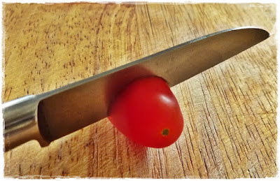 how-to-cut-tomatoes