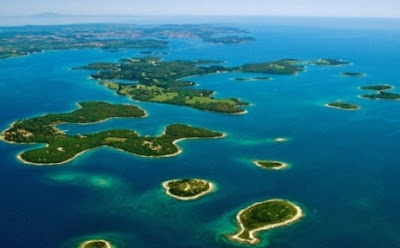 Negara Seribu Pulau