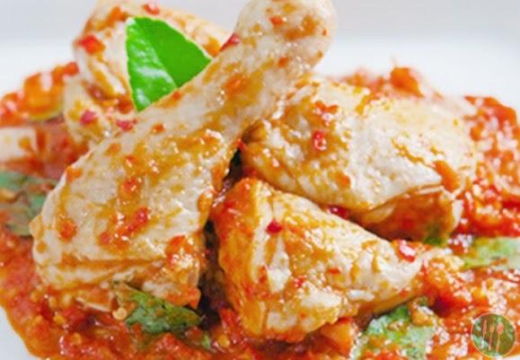 Merupakan salah satu makanan khas Indonesia yang sering dijumpai dan banyak disukai karen Resep Masakan Ayam Rica-Rica Lezat