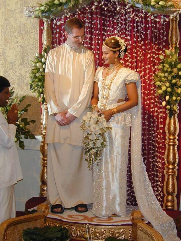 Brides Of Sri Lanka Wedding Poruwa