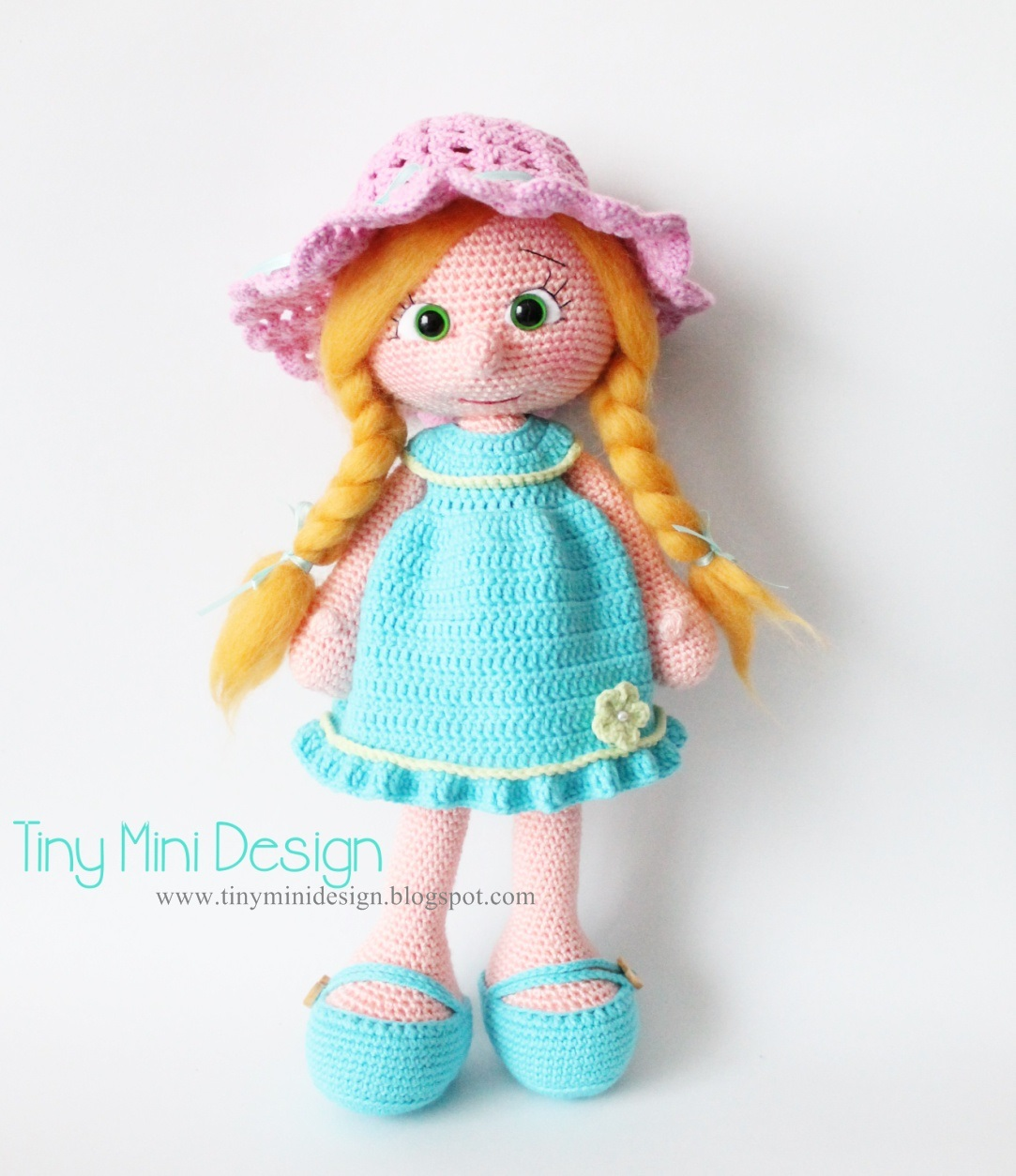 Cute And Easy To Crochet Doll Amigurumi - Pattern Center | 1254x1083