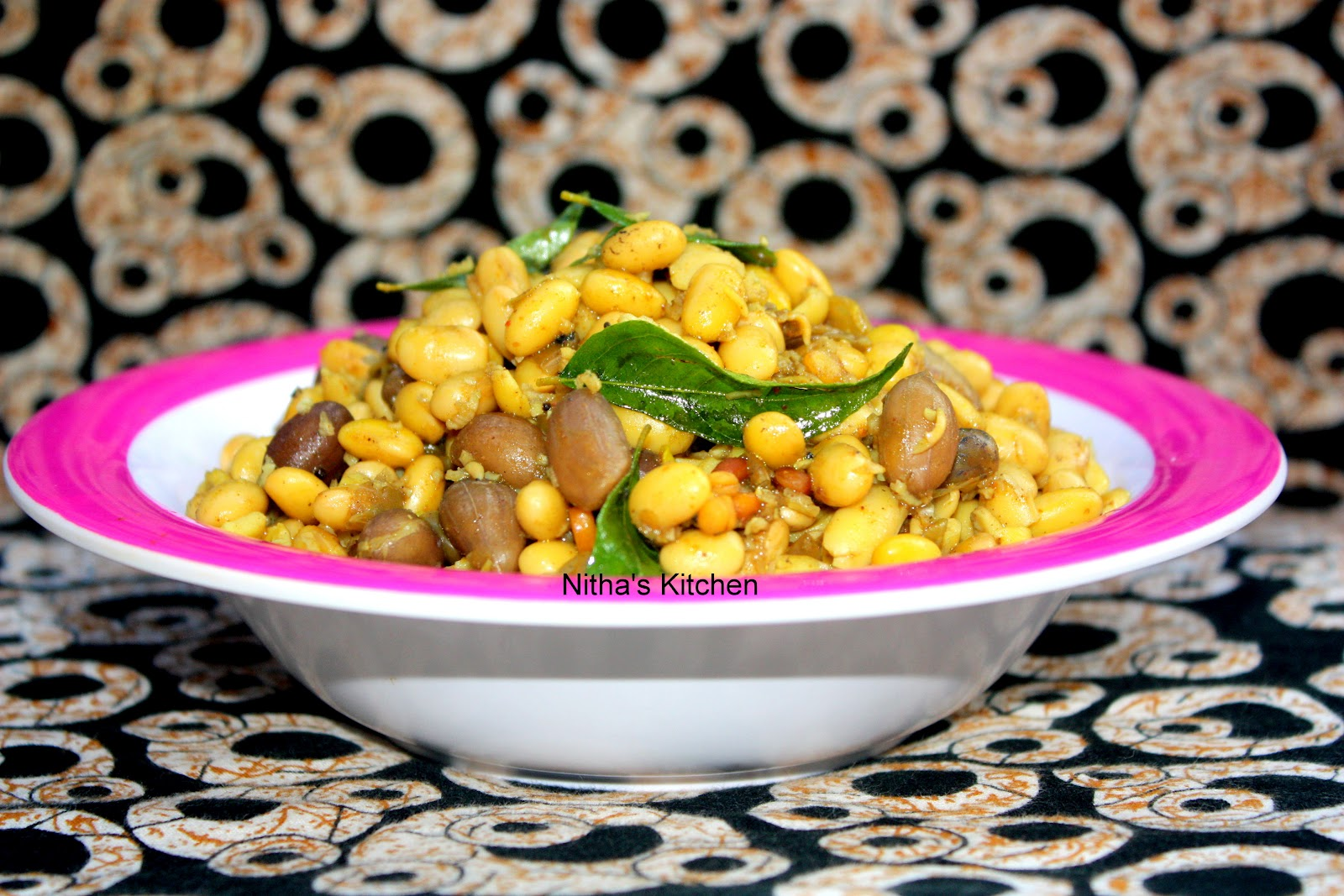 Soya Beans Peanut Sundal | Soy bean Stir fry - Nitha Kitchen