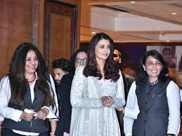 Aishwarya-Rai-Bachchan-@-smile-train-india-event-photos1222222