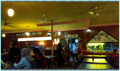 Bahagian dalam Restoran Airport Corner Langkawi