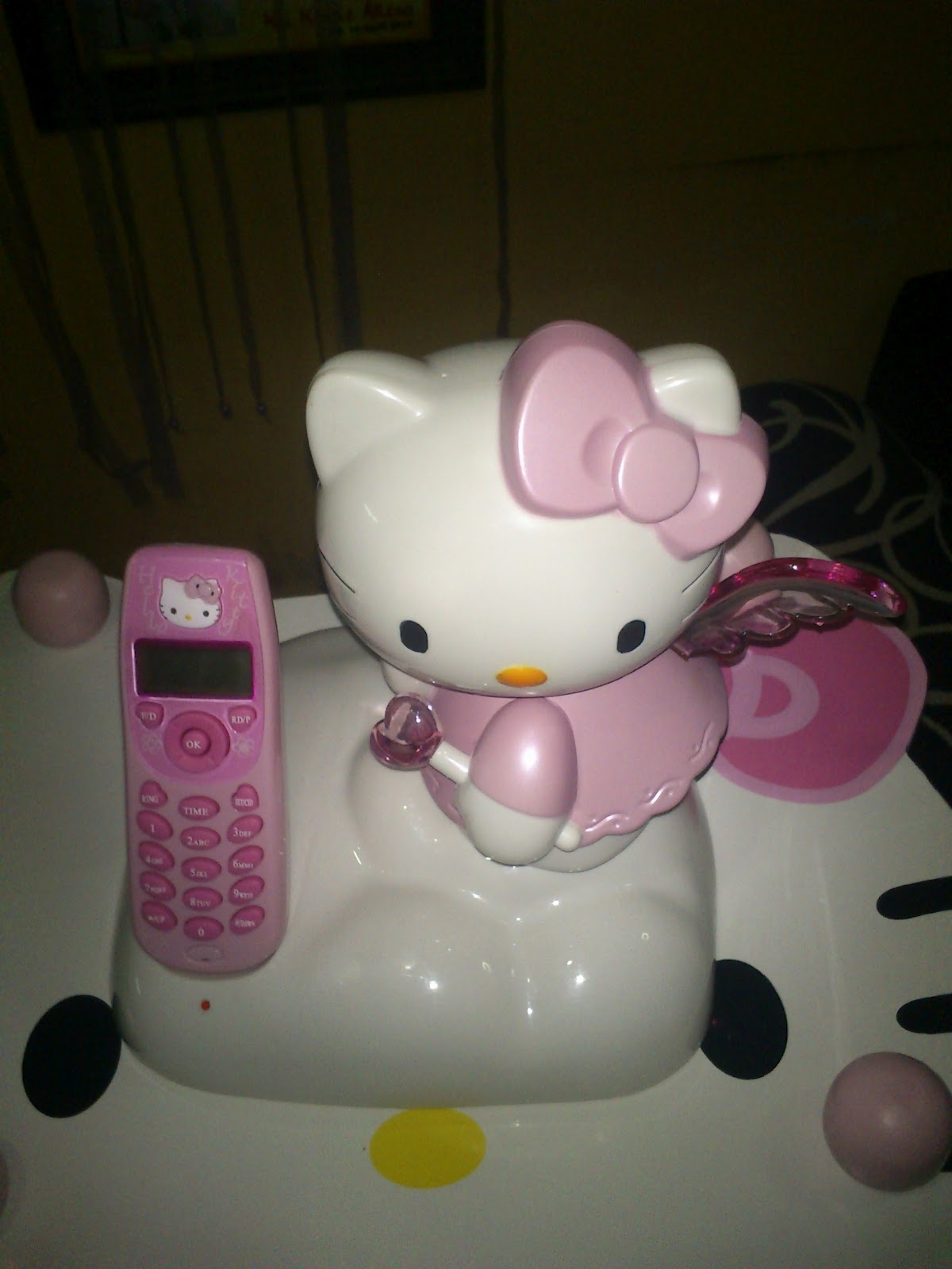 Lihat Rumah Hello Kitty House Of Keita Kitty Telepon Kitty
