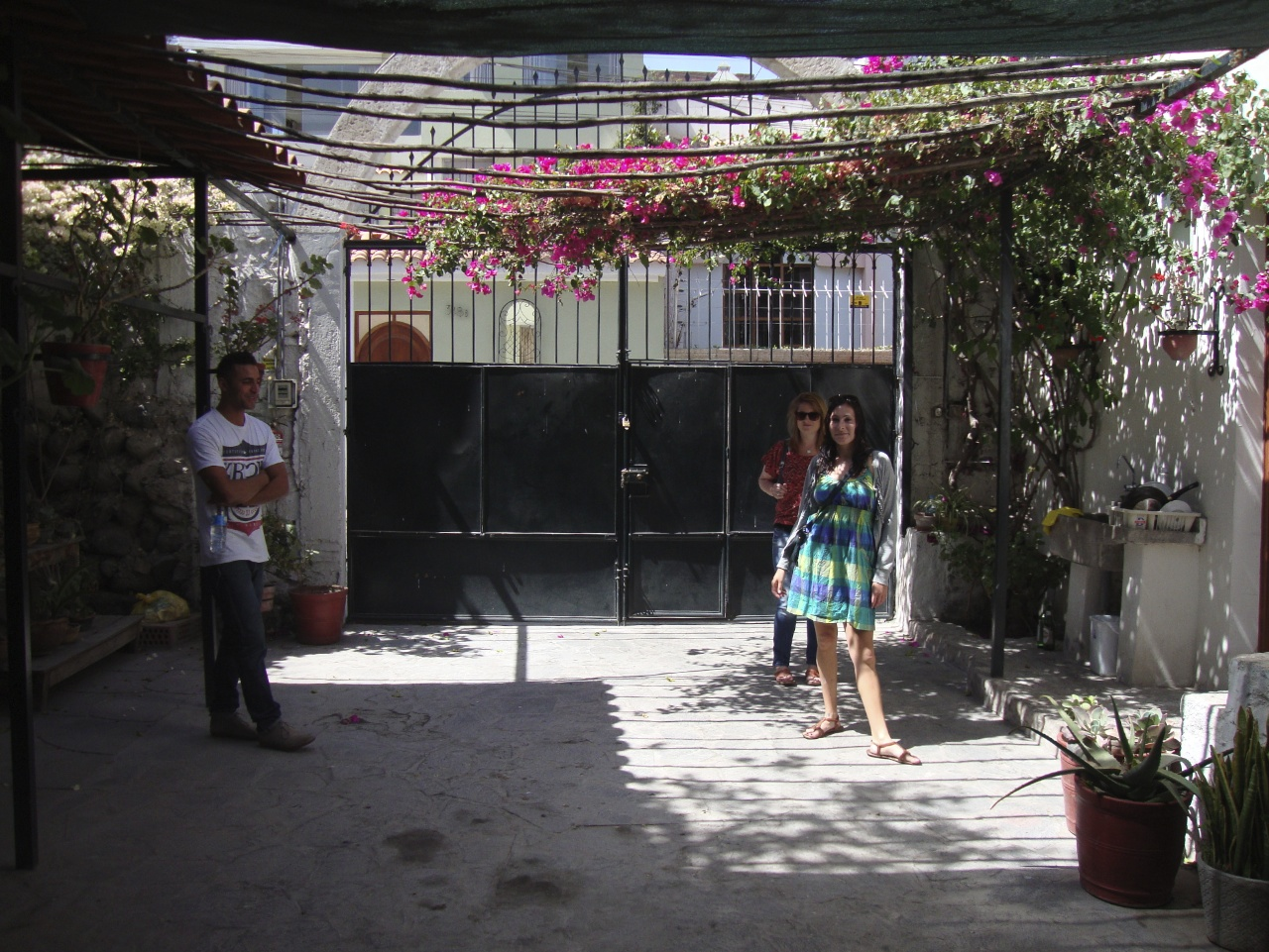 Through Glass And Prose: Sunday Salsa In Arancota