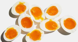 Άρχισα να τρώω 3 Βραστά αυγά την ημέρα για ένα Μήνα – Αυτά είναι Τα αποτελέσματα