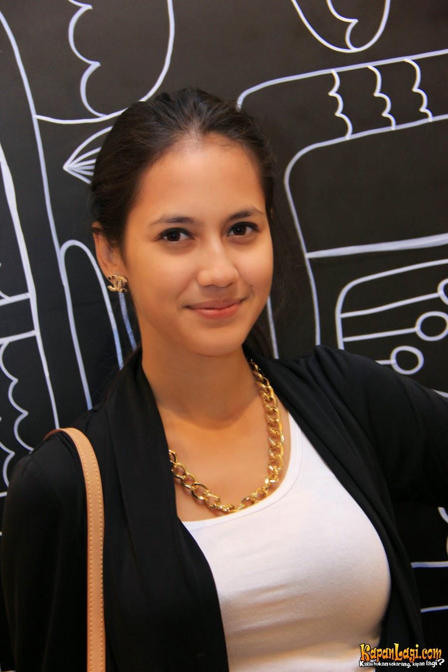 Image Result For Duo Serigala Pamela Dan Ovie Seksi Galeri Terbaru