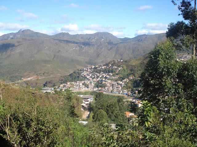Vista de um ponto alto da cidade de Ouro Preto