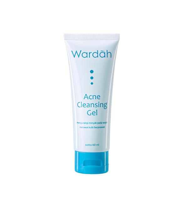 Muka kamu Mudah Jerawatan pakai produk wardah Acne Cleansing Gel aja biar Oke