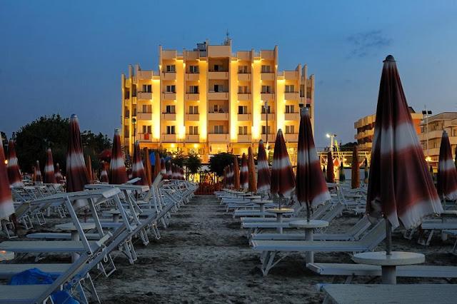 Hotel próximo da praia em Rimini