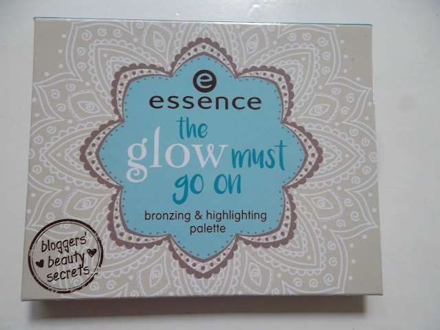 http://www.verodoesthis.be/2016/06/julie-essence-glow-must-go-on-palette.html