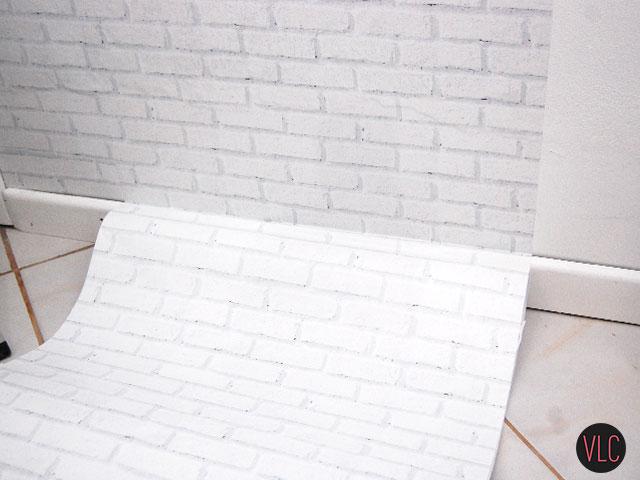 diy-aplicar-papel-parede-adesivo