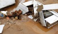 Ανατριχιαστικές εικόνες από το νεκροταφείο – Σπασμένοι τάφοι και ανθρώπινα οστά σε κοινή θέα ΦΩΤΟ & ΒΙΝΤΕΟ