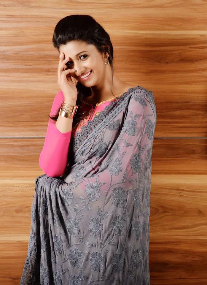 Top 12 Cutest Pics Of Priya Bhavani Shankar  Trendtweaks-4243