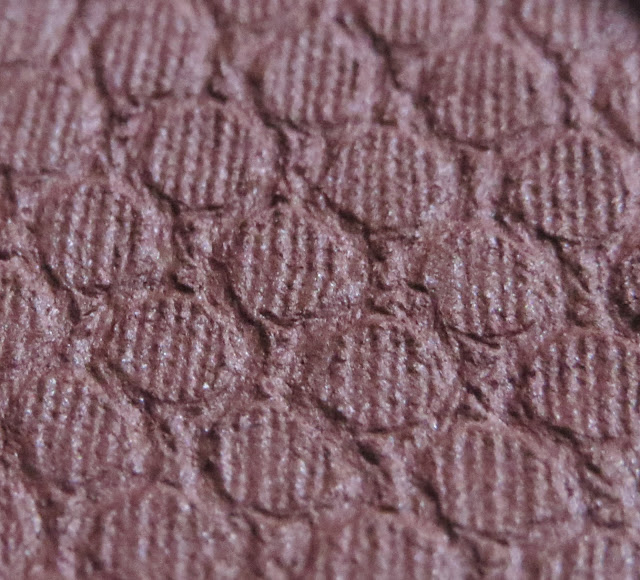 Colourpop Bandit supershock eyeshadow review, photos, swatches