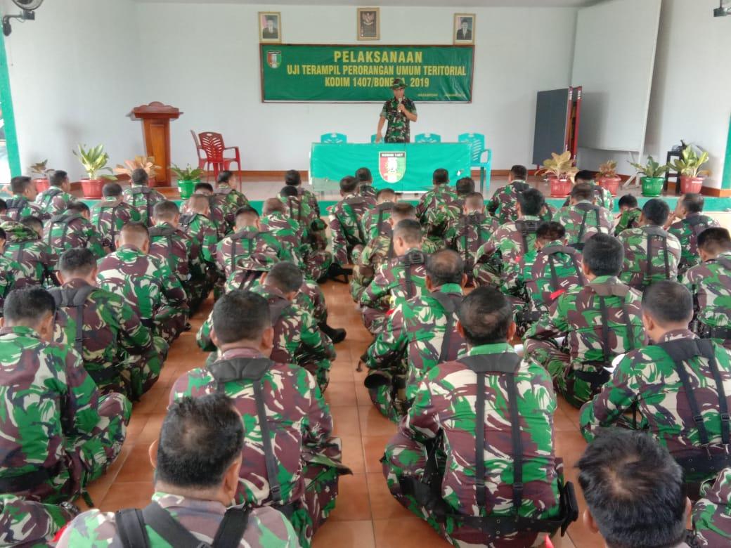 Prajurit Kodim 1407/Bone Laksanakan Latihan UTP Umum Teritorial dan Inteljen
