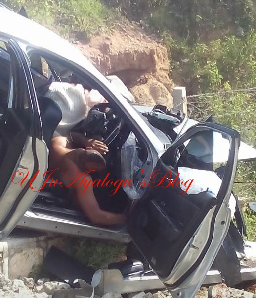 Tragic: Police Officer and His Female Lover Die While 'Having S*x' in a Moving Car (Graphic Photos)