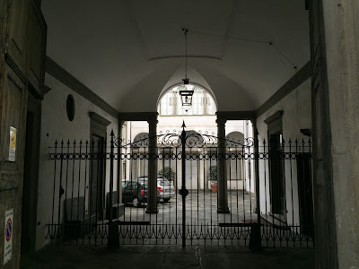 A palazzo entrance on via Pignolo