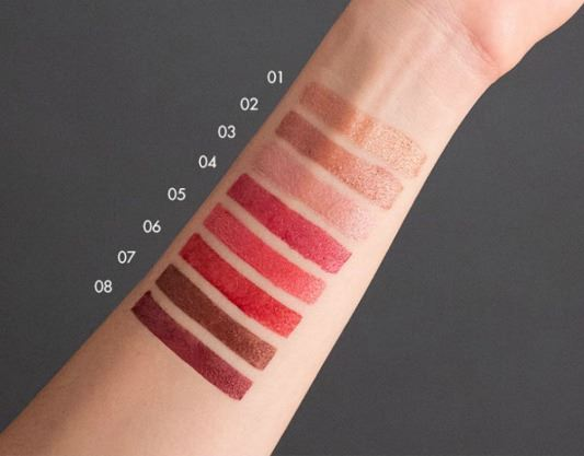 Barra de Labios Deborah Milano Red Metal - swatches