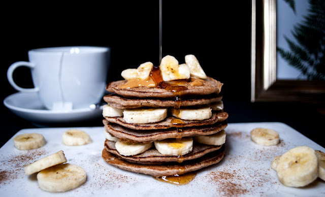vegan, glutenfree, pancakes, recipe, rezept, maple, syrup, naturaplan, coop, glutenfrei, schweiz, swiss, switzerland, banana, homemade, easy recipe, vegan recipe, blog, blogger, cinnamon, buckwheat, fall recipe