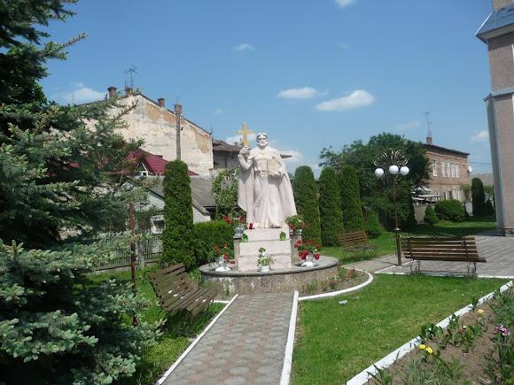 Болехів. Пам'ятник святому князю Володимиру