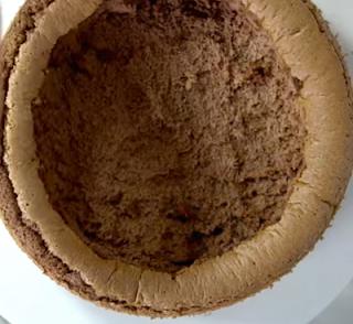Bolo Bombom de Chocolate com Morango - Como rechear