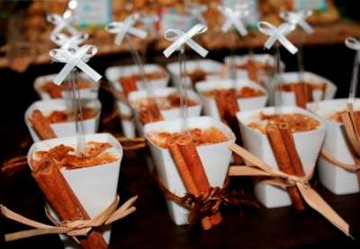 canjica doce mungunza sobremesa lanche festa junina junino coco canela amendoim como servir dica gourmet elegante servindo copinho