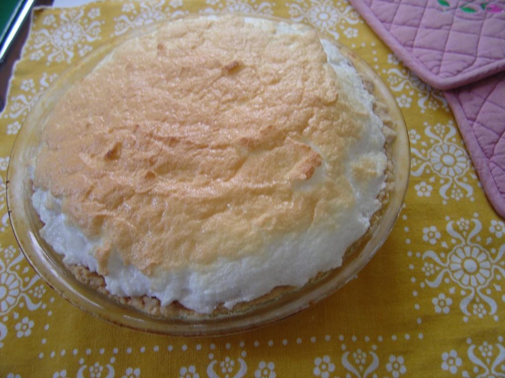 Creamy Caramel Pie Image