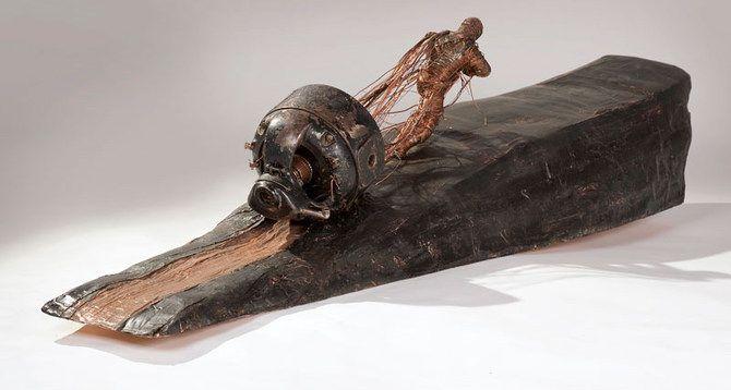 Esculturas con metal viejo.