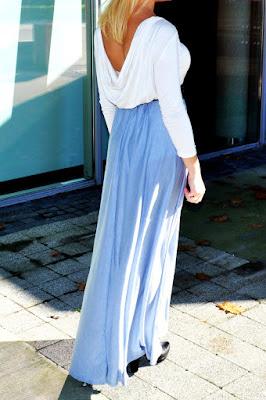 sukienka maksi z lejacym dekoltem na plecach