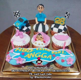 Cupcake Ulang Tahun Tema Mobil