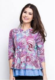 Model Baju Batik Kantor Wanita Elegan Terbaru