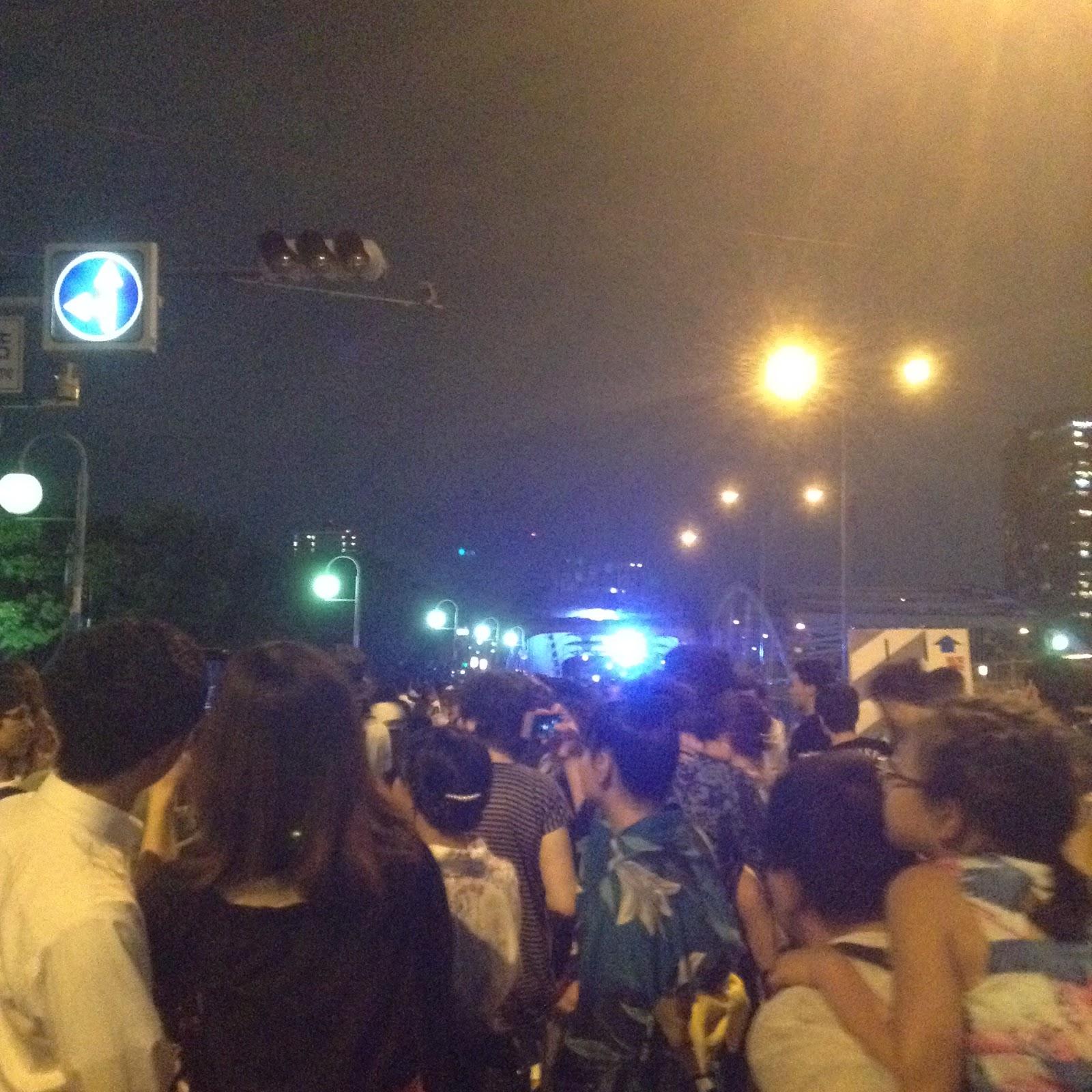 Tenjin Matsuri crowds