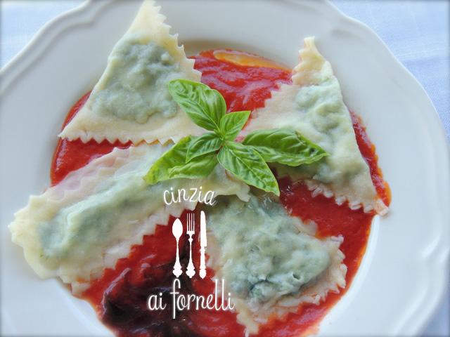 Cinzia ai fornelli cucina valdostana ravioli di borragine for Ricette piemontesi