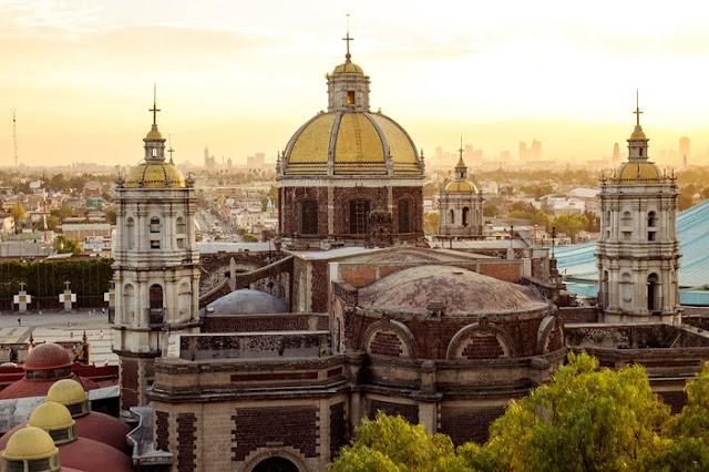 mexico-monument