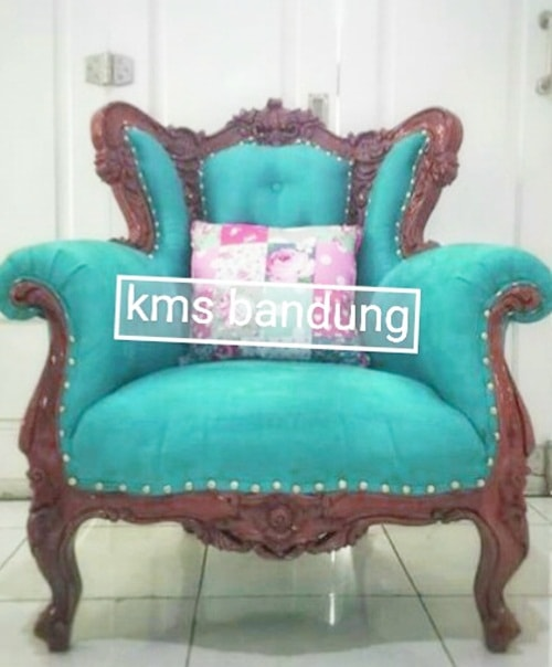 Single sofa ukir