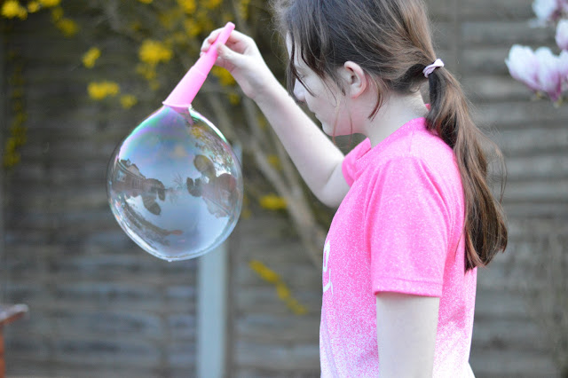 Sasha with large bubble