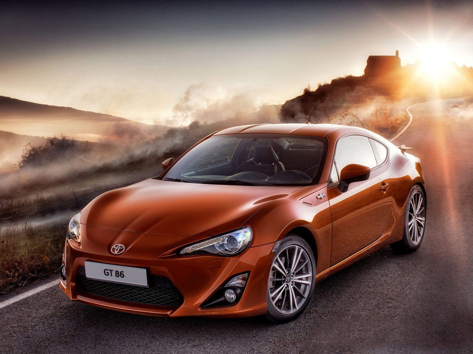 2013 TOYOTA GT 86 Car Pictures, Review