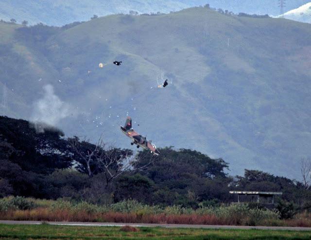 Kursi Lontar Selamatkan Dua Pilot Venezuela