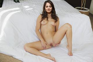 Anushka Shetty Nude XXX, Without Clothes Photos
